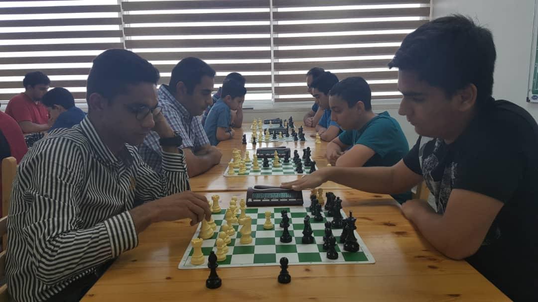 نتایج مسابقات نیمه سریع شطرنج کیش به مناسبت هفته دولت
