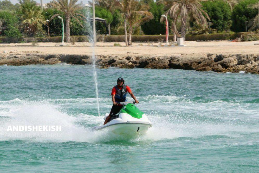 گزارش تصویری : راه اندازی مجدد خدمات تفریحی با جت اسکی در جزیره کیش/عکس : امیررضا سیم ریز