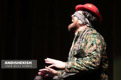 """گزارش تصویری : اجرای تئاتر""""ناشناس"""" با حضور مالک حد پورسراج و حامد نوبخت در هفته دفاع مقدس – جزیره کیش/عکس : امیر رضا سیم ریز"""
